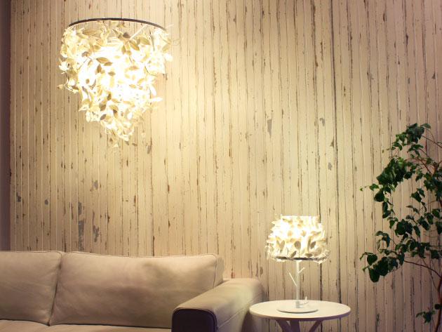 機能をプラスした白い森の照明ペーパーフォレスティ